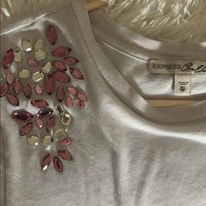 Express jeweled shoulders T-shirt